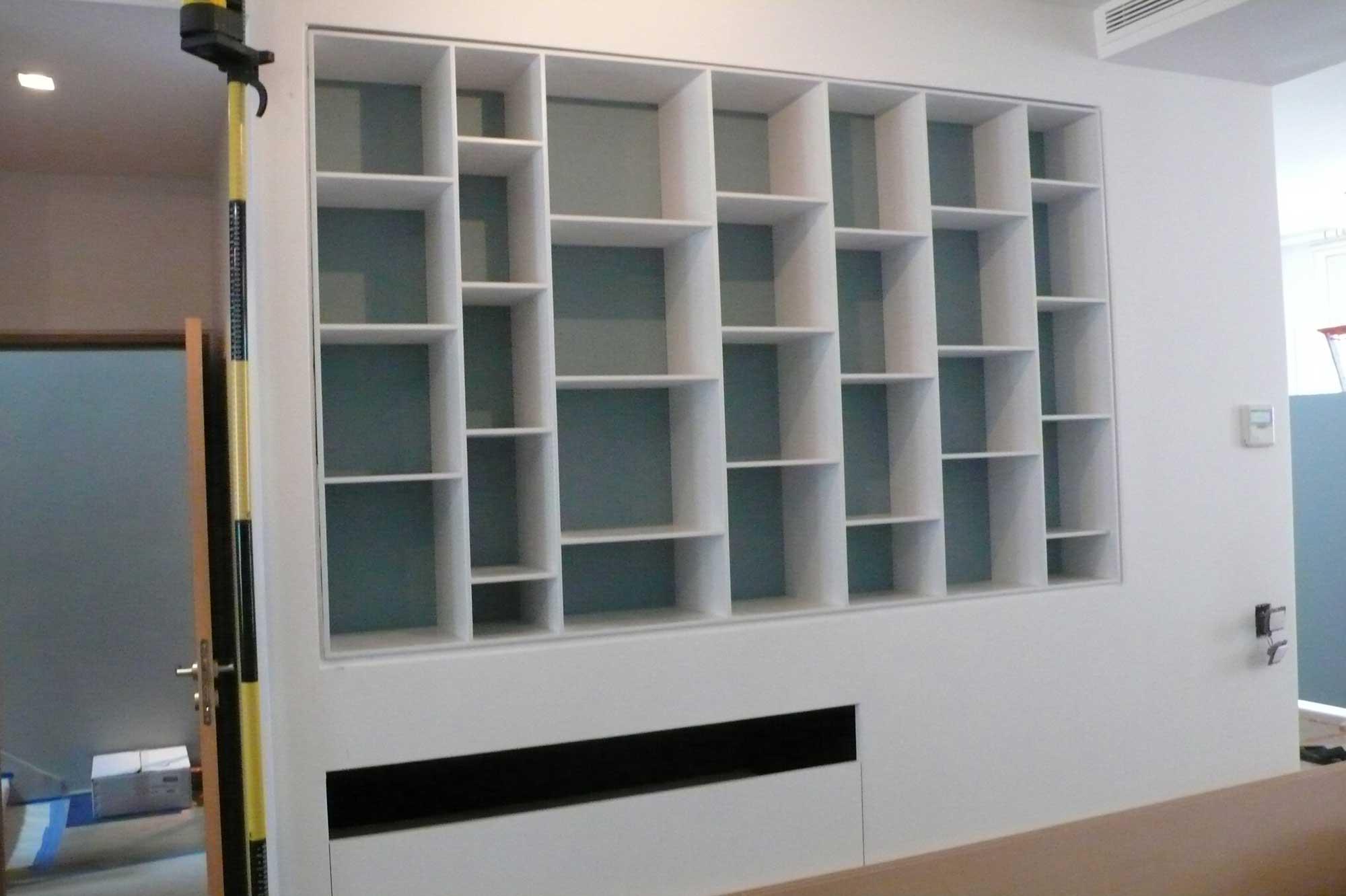 Bibliotheque-en-MDF-laquee-blanc - Menuiserie du CheminMenuiserie du ...